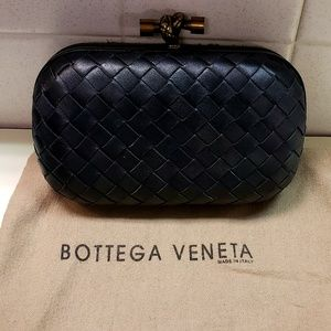 Bottega Veneta Medium  Knot Clutch Bag, Black